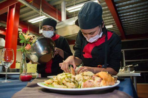 gastronomy school students