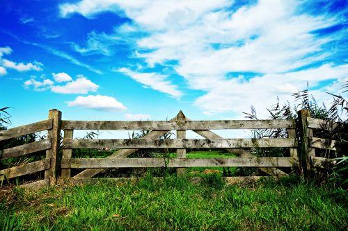 gate fence forbidden