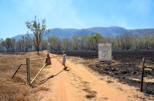 gate burn off fire