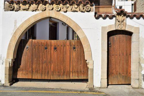 gate door entrance