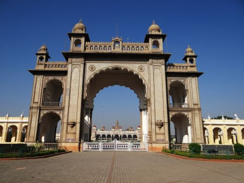 gate mysore palace architecture