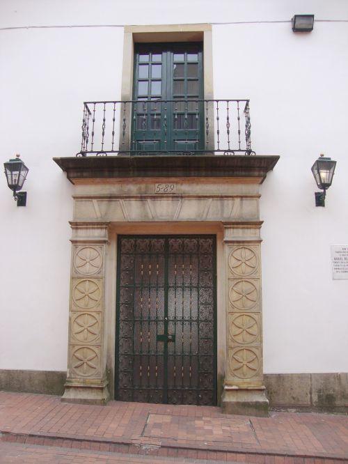 gate balcony old facade