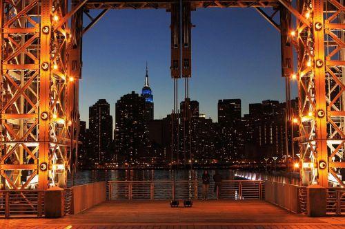 Gate To Manhattan