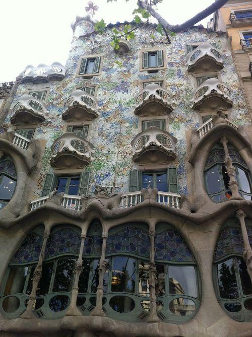 gaudí barcelona house battló