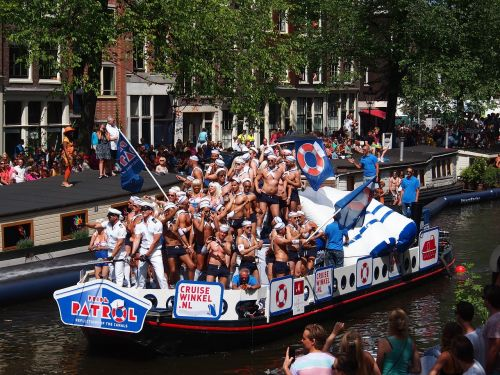 gay pride amsterdam boat