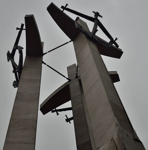 gdańsk a monument to fallen shipyard workers solidarity