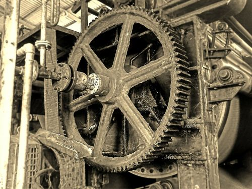 gear-wheel chain iron