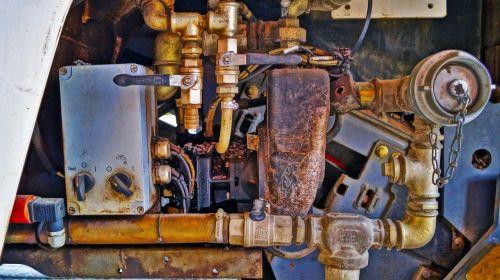 motor gears asphalt