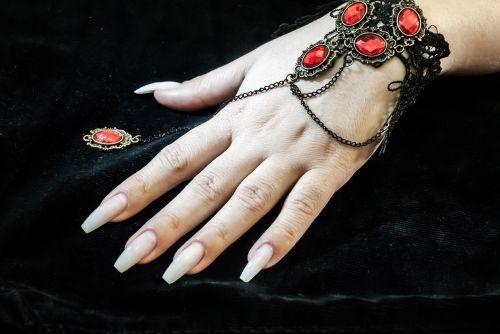 gel nails art hands