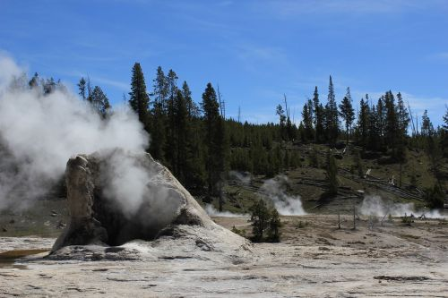 geothermal yellowstone geology