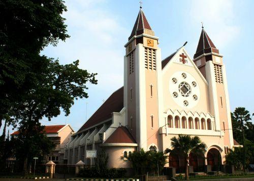 gereja ijen katholik malang