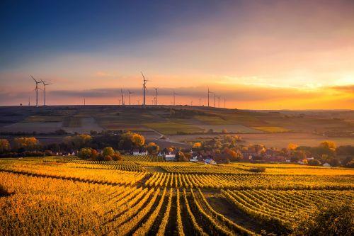 Vokietija,saulėlydis,dusk,dangus,debesys,gražus,vėjo turbinos,energija,ekologinis,ūkis,kaimas,laukai,ruduo,kritimas,pasėlių,vynuogynas,kaimas,Miestas,augalai,kalvos,laukas,Žemdirbystė,gamta,lauke,kraštovaizdis,vaizdingas,Šalis,kaimas