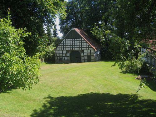 Vokietija,pastatas,shed,žolė,kiemas,veja,medžiai,gamta,lauke,galinis kiemas,vasara