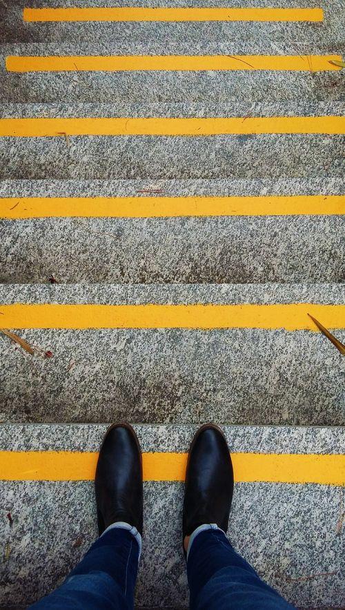 get down descent steps