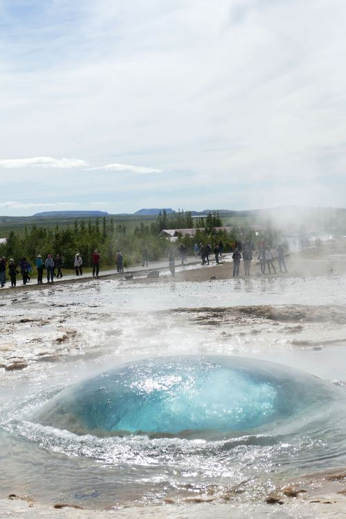 geyser iceland fountain