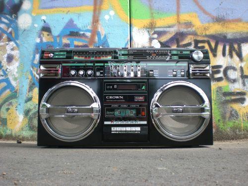 ghettoblaster radio recorder boombox