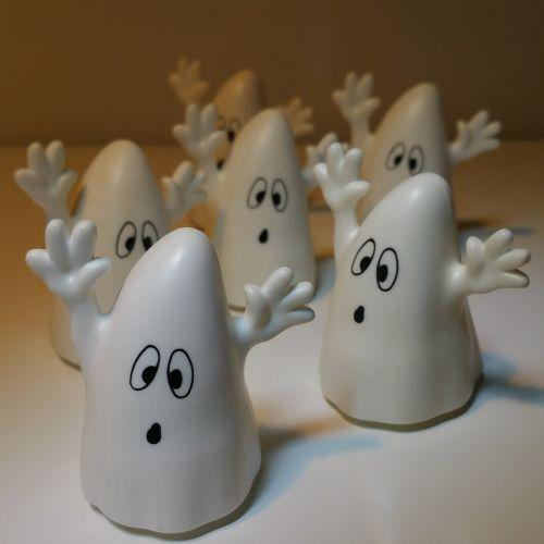 ghost scare spooky