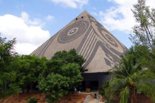 giant pyramid meditation yoga