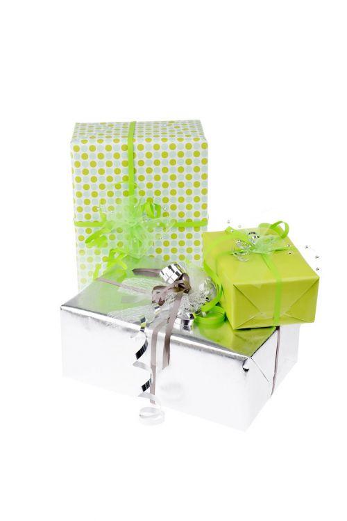 dovanos,gimtadienis,atiduoti,paketas,pakavimas,supakuotas,apdaila,vyniojamasis popierius