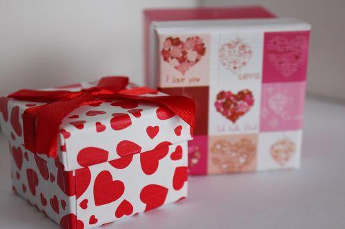 gift box gift valentine's gift