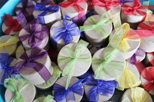 gifts grinding decoration