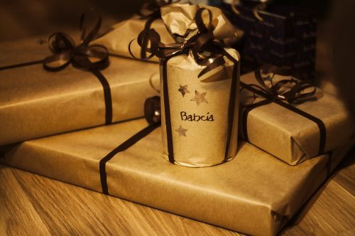 gifts wrapping paper presents