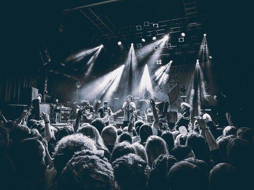 gig  concert  show