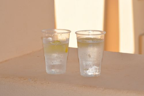 plastic glass lemon drinks