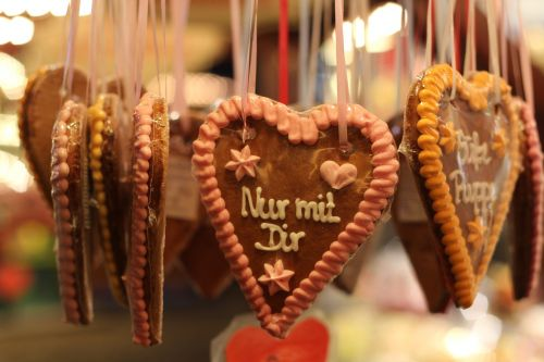 gingerbread gingerbread heart gingerbread hearts