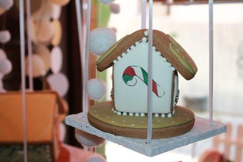 gingerbread  food  cottage
