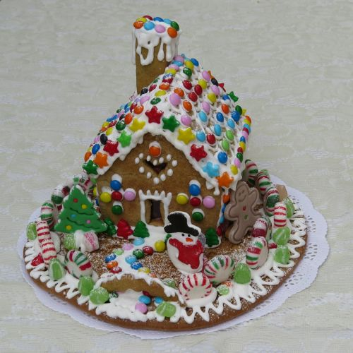 gingerbread house pastry gingerbread