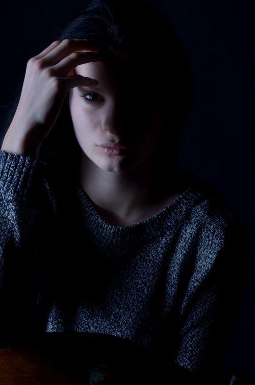 girl depression sadness