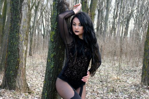 girl forest sensual