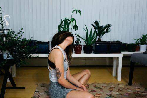 girl yoga mindfulness