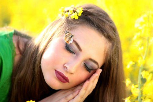 girl butterfly dreaming