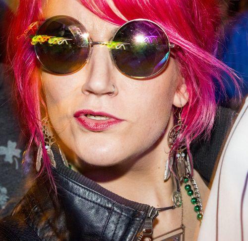 girl sunglasses pink hair