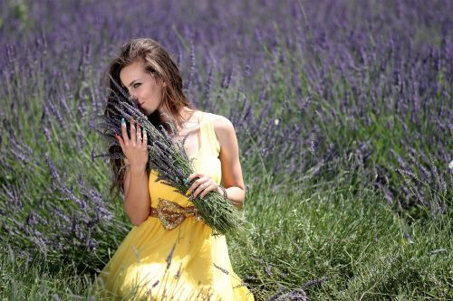 girl lavender flowers