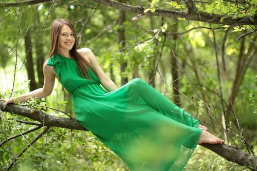 girl dress green