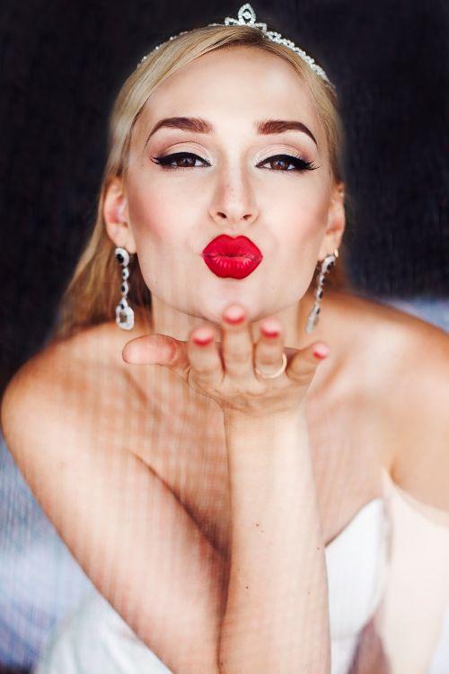 girl view lips