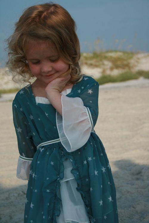 girl beach posing