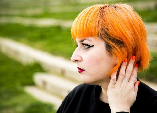 girl orange pelinaranja