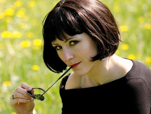 girl  brunette  portrait