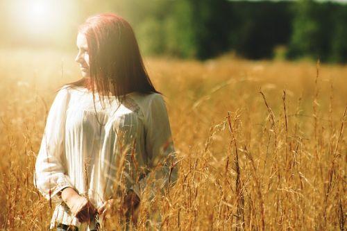mergaitė,graži,lauke,portretas,lauke,laukas,gamta,kvieciai