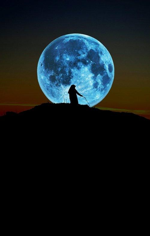 girl  moon  dark