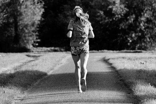 girl  running  motion