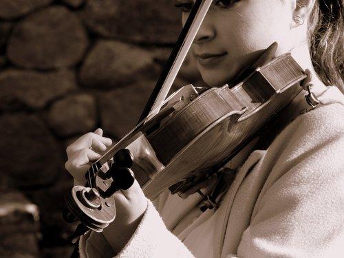 girl  man  violinist