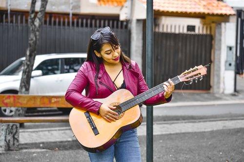 girl  girl with guitar  guitar