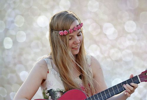 girl guitar music