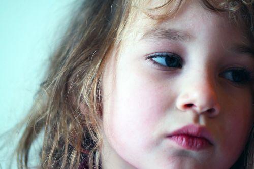girl kid facial