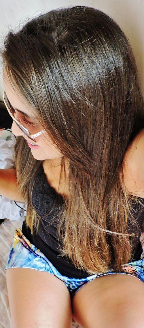 girl hair glasses